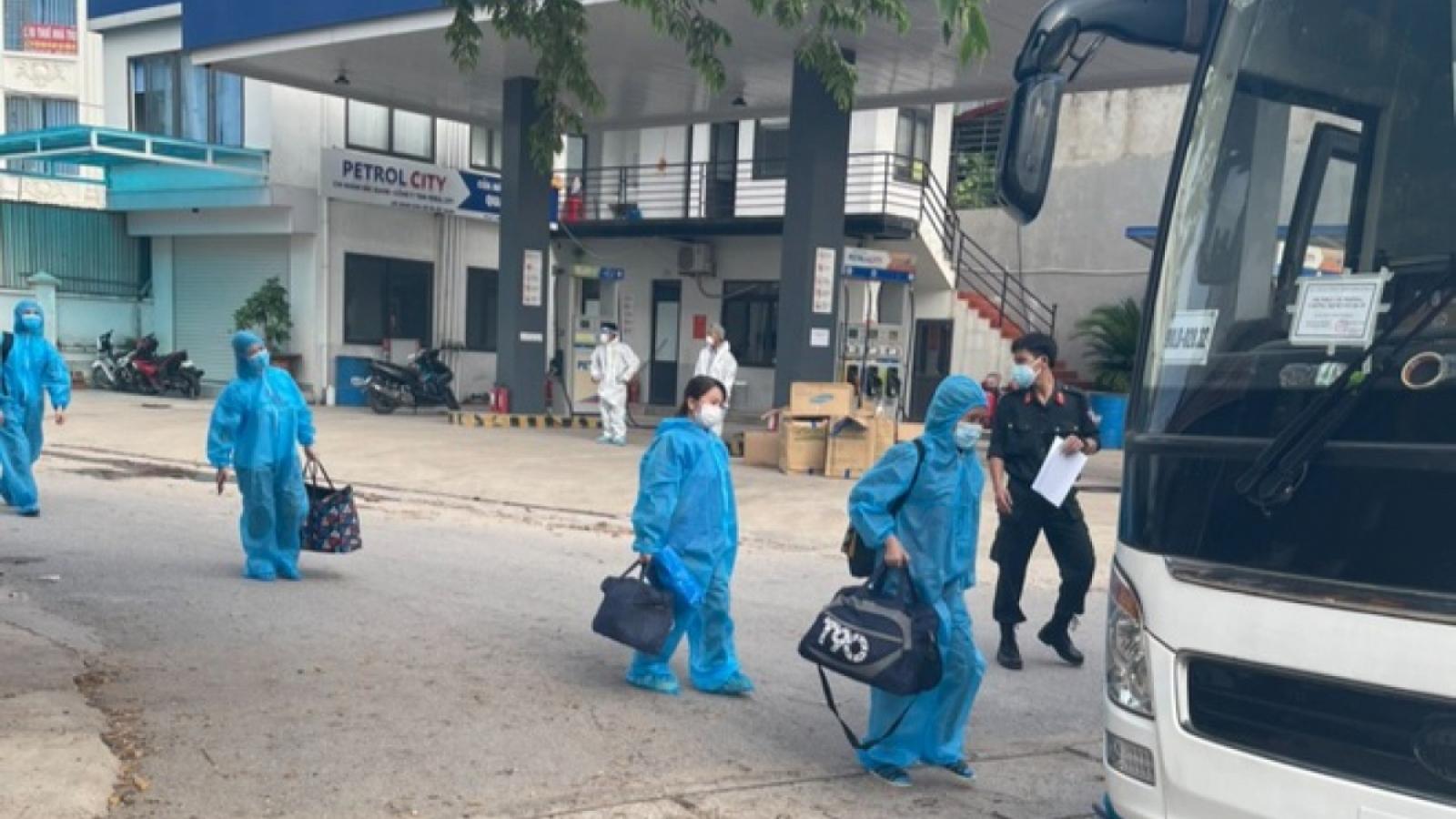 Bắc Giang bàn giao hơn 1.000 công nhân cho Lạng Sơn