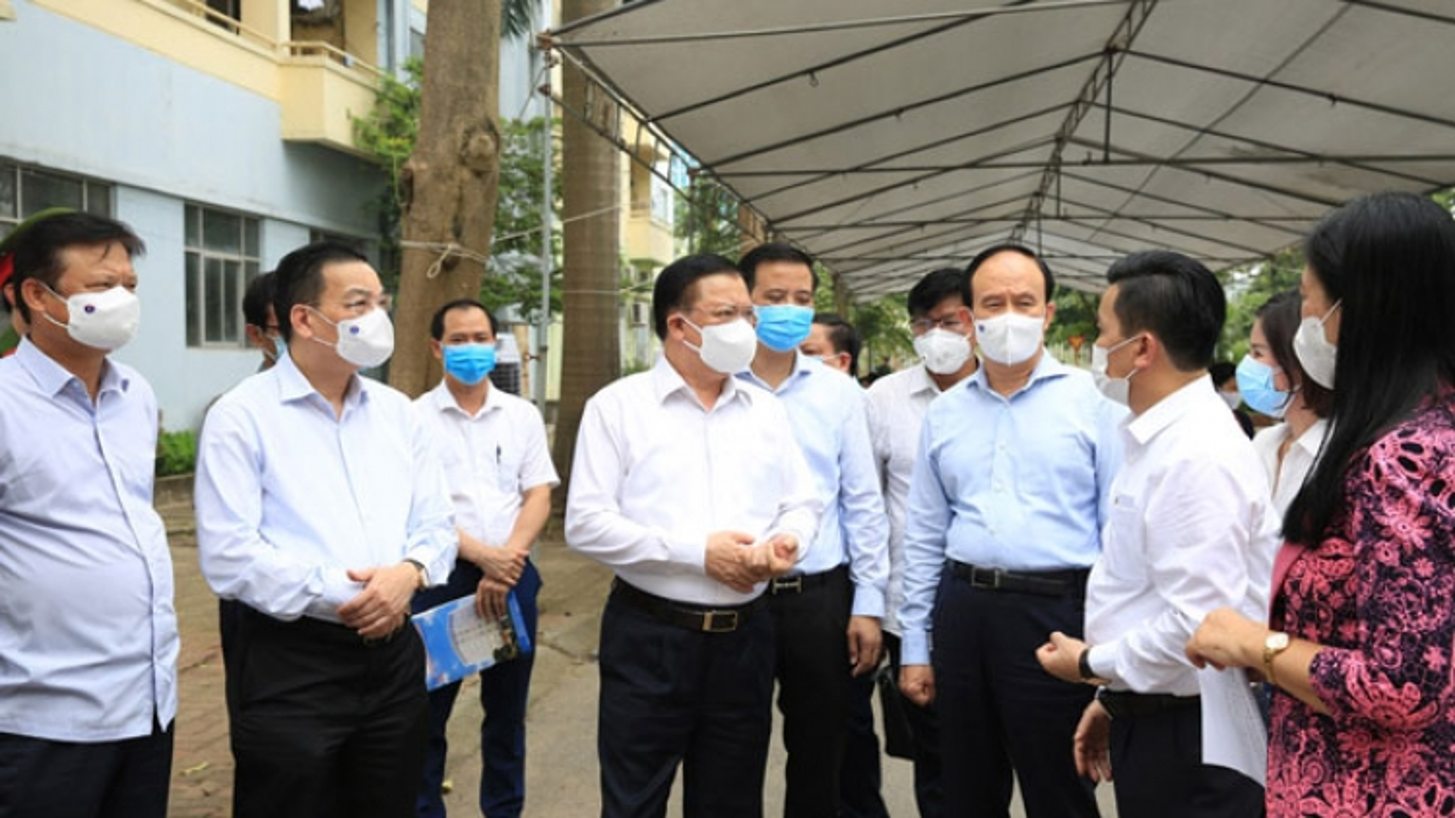 """Bí thư Thành ủy Hà Nội: """"Nới lỏng, nhưng tuyệt đối không lơi lỏng"""""""