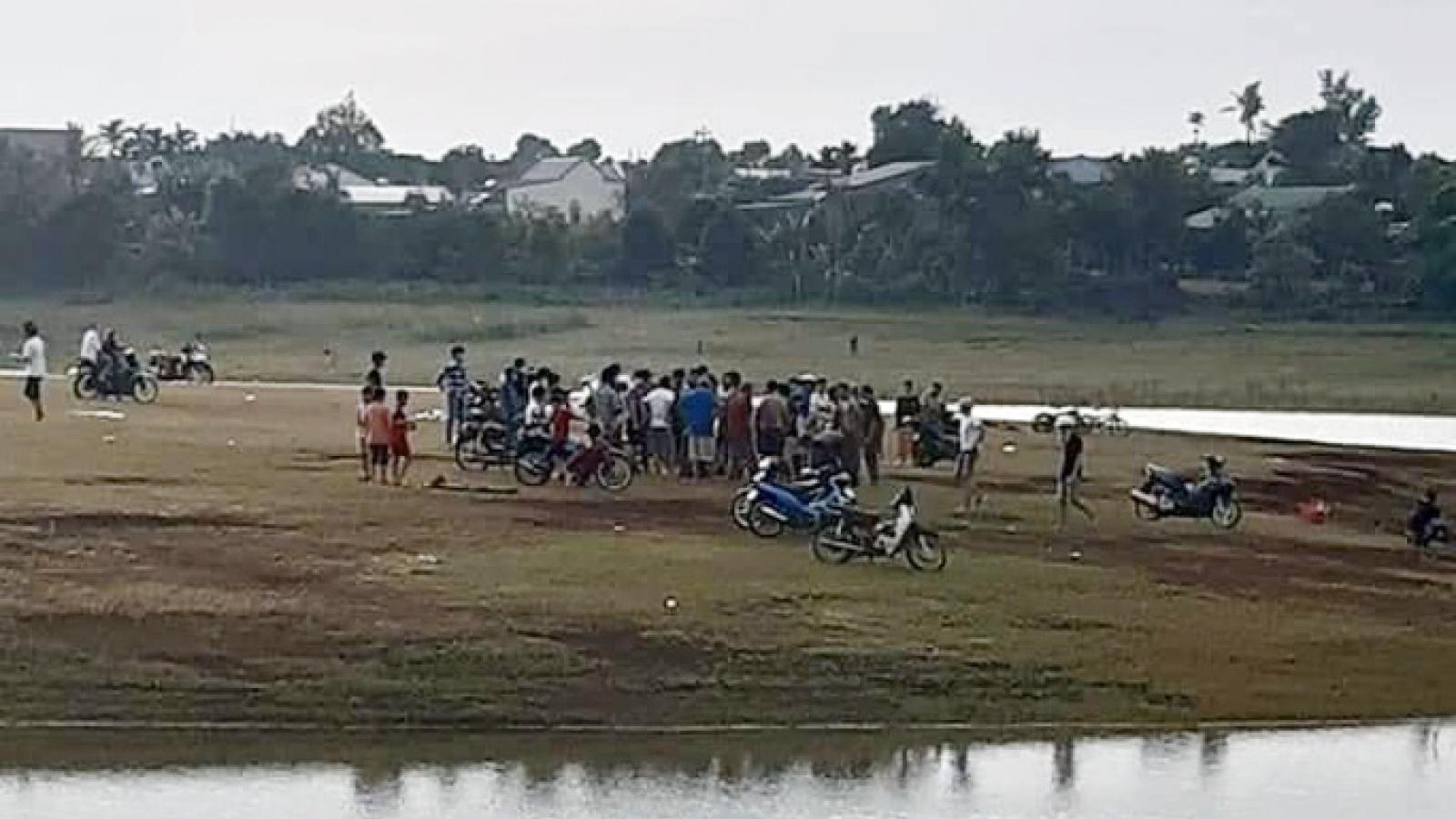 Nhóm học sinh đi chơi ở Biển Hồ, hai em đuối nước thương tâm