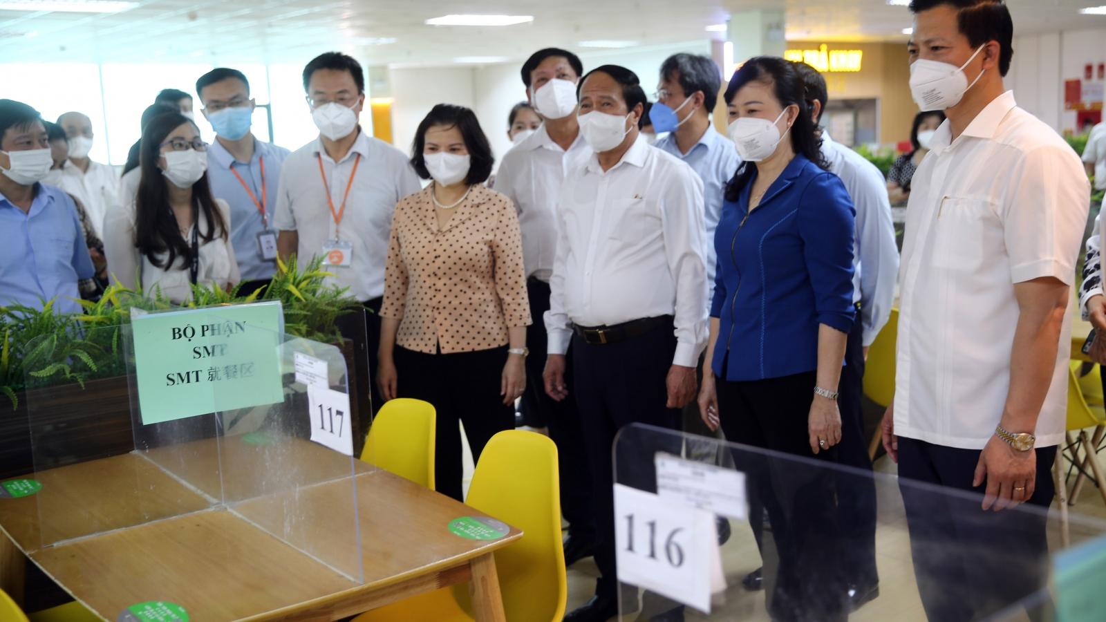 """Hơn 500 doanh nghiệp ở Bắc Ninh trở lại làm việc theo cách """"chưa từng có"""""""