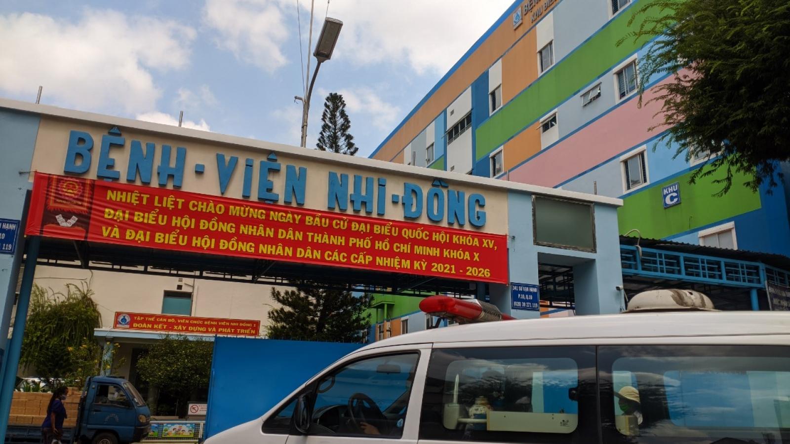 Bệnh nhân, thân nhân ở khoa Sơ sinh của Bệnh viện Nhi đồng 1 âm tính với SARS-CoV-2