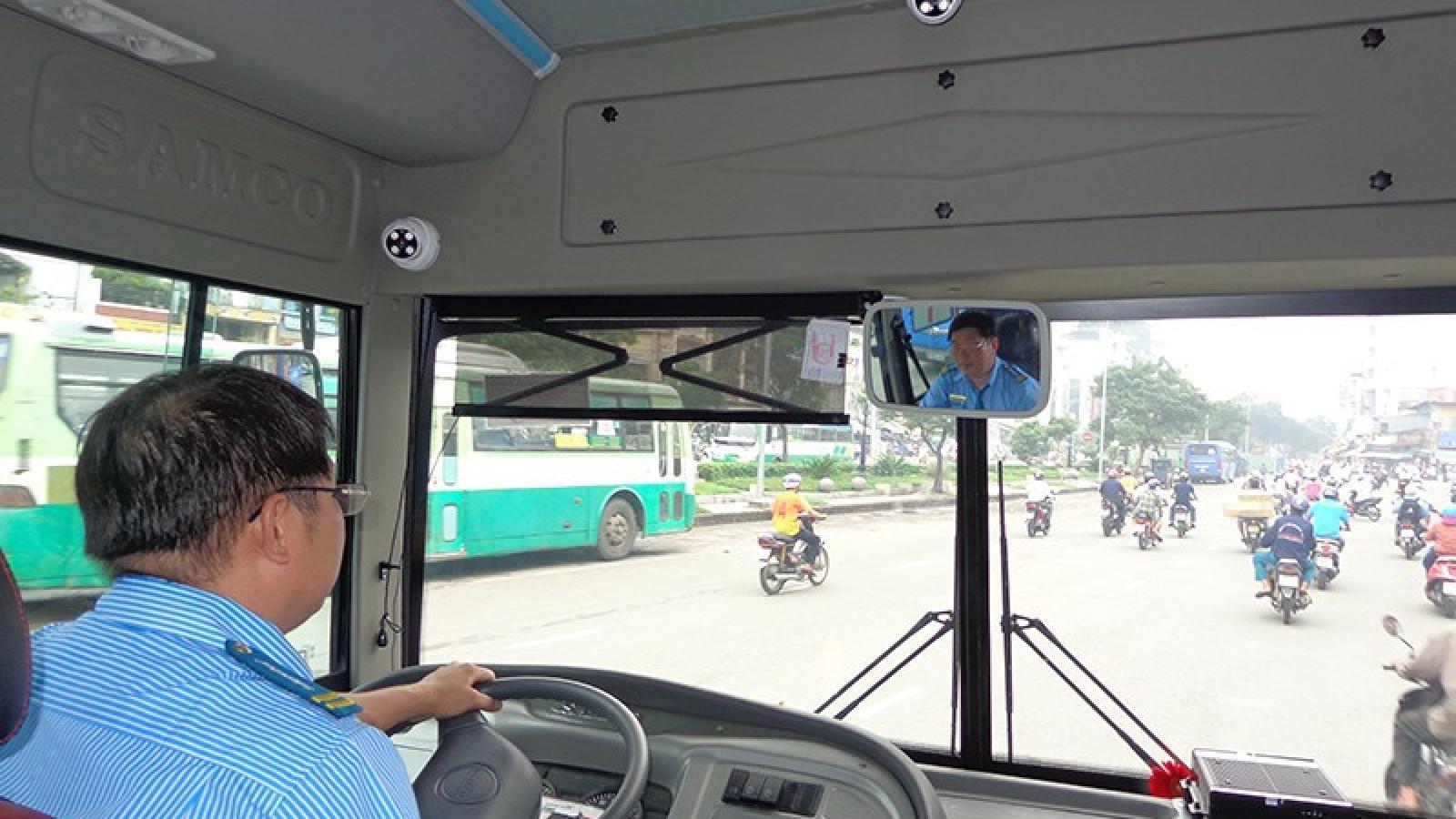 Lùi thời hạn xử phạt xe khách, xe tải chưa lắp đặt camera
