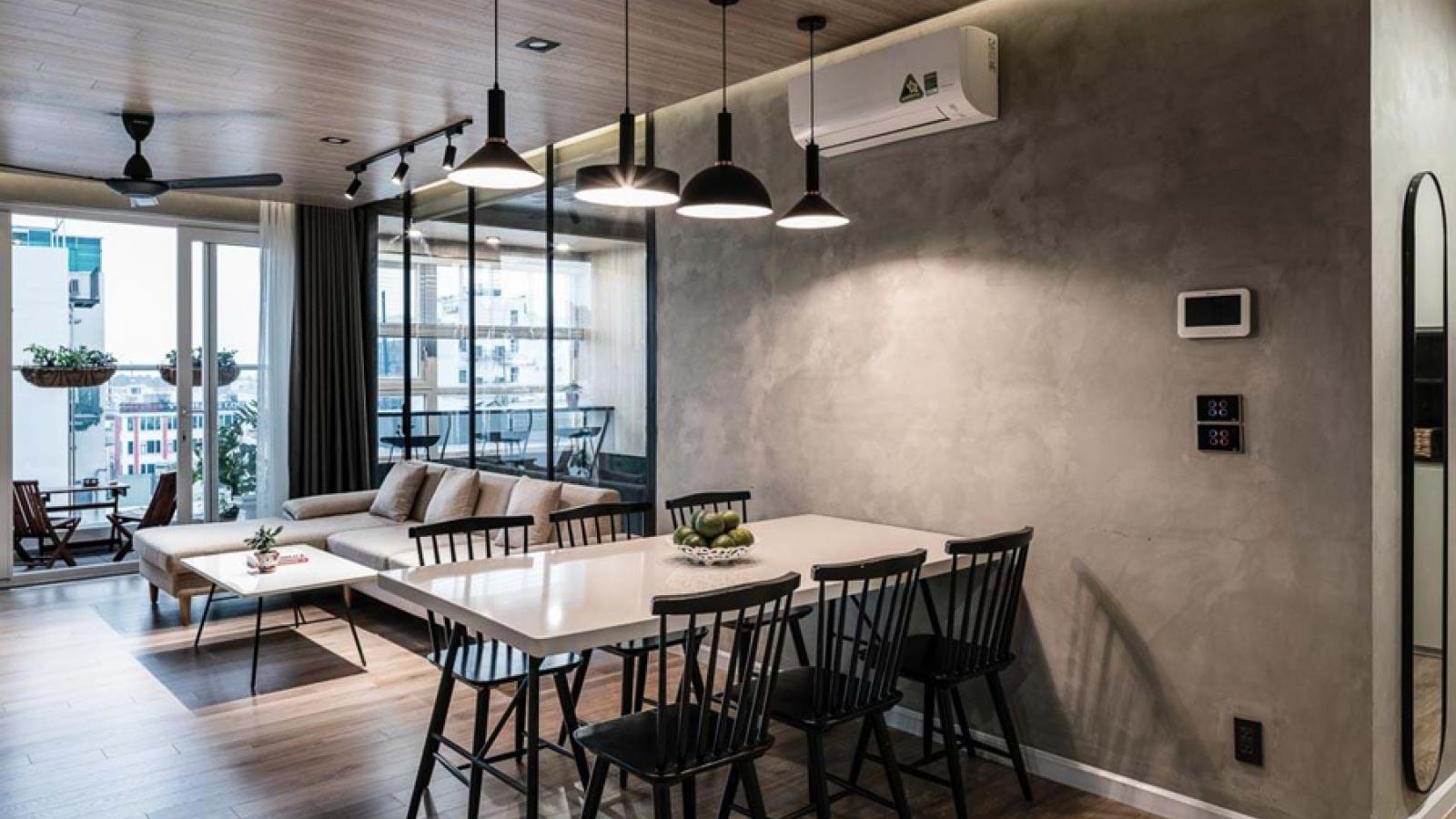 Ngắm căn hộ đẹp, hiện đại với tông màu trầm