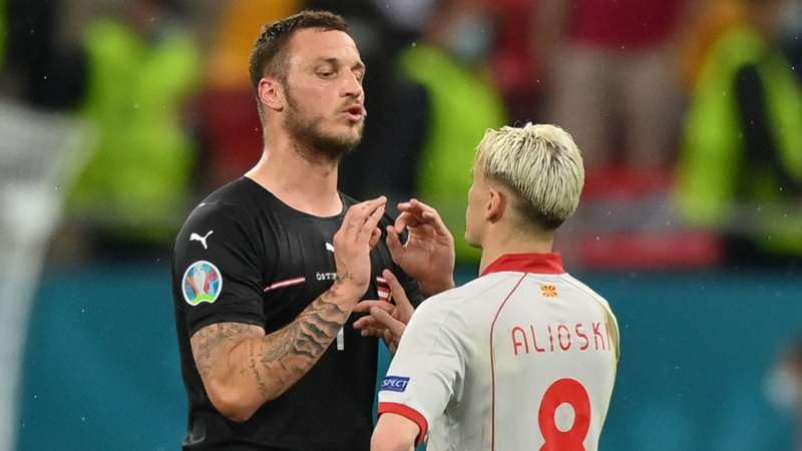 Cầu thủ đầu tiên nhận án phạt nguội tại EURO 2021