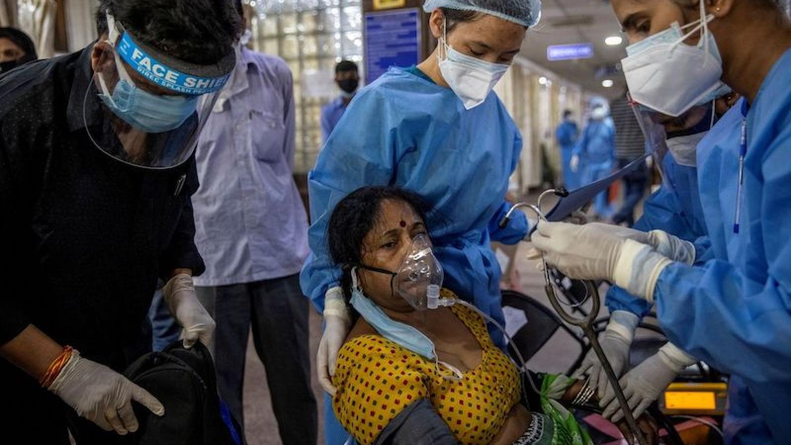 Nhiều người dân Ấn Độ nhiễm biến chủng B.1.617 dù đã tiêm vaccine Covid-19
