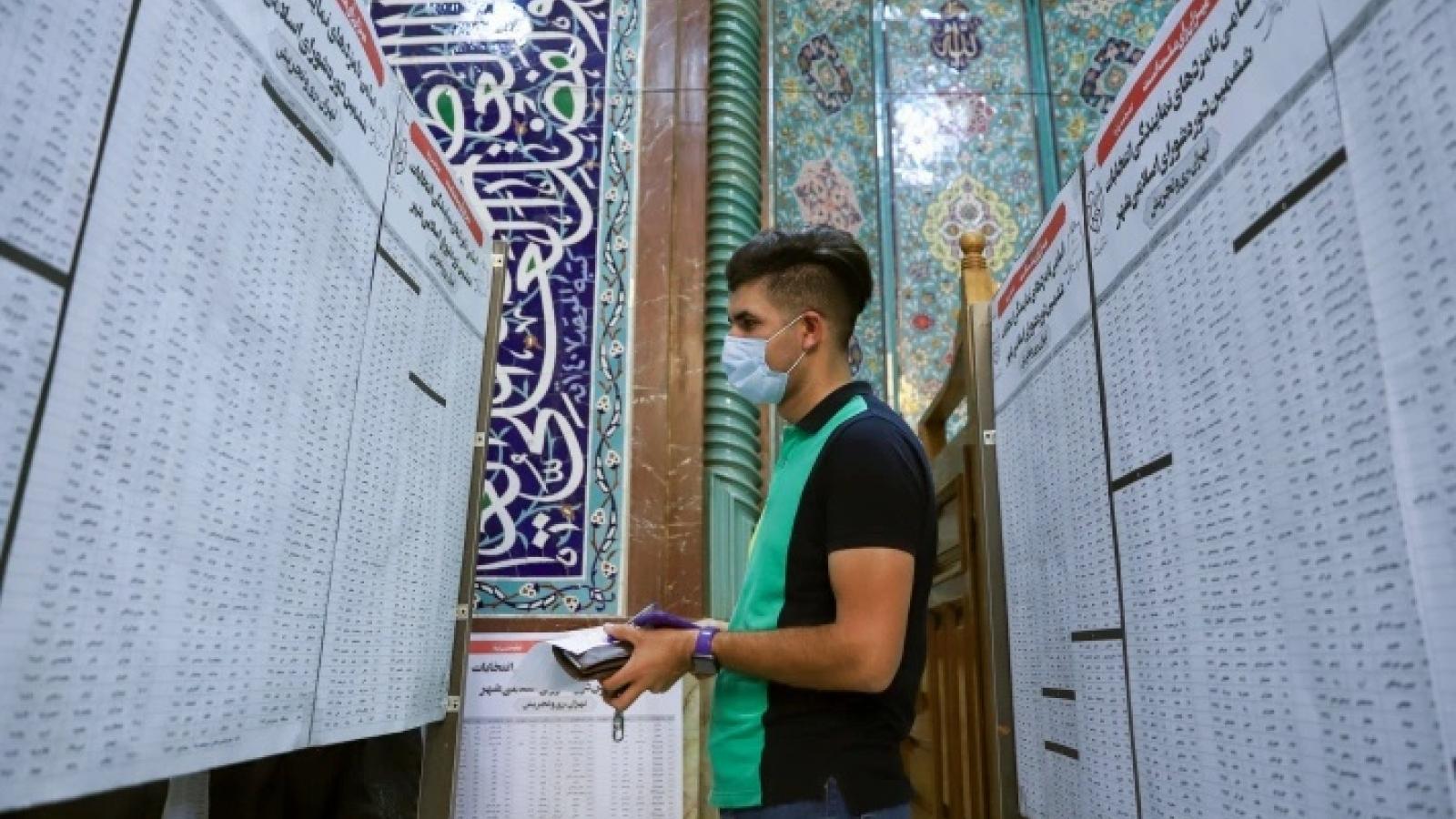 Cử tri Iran kỳ vọng bầu cử Tổng thống sẽ mang lại luồng sinh khí mới vực dậy kinh tế