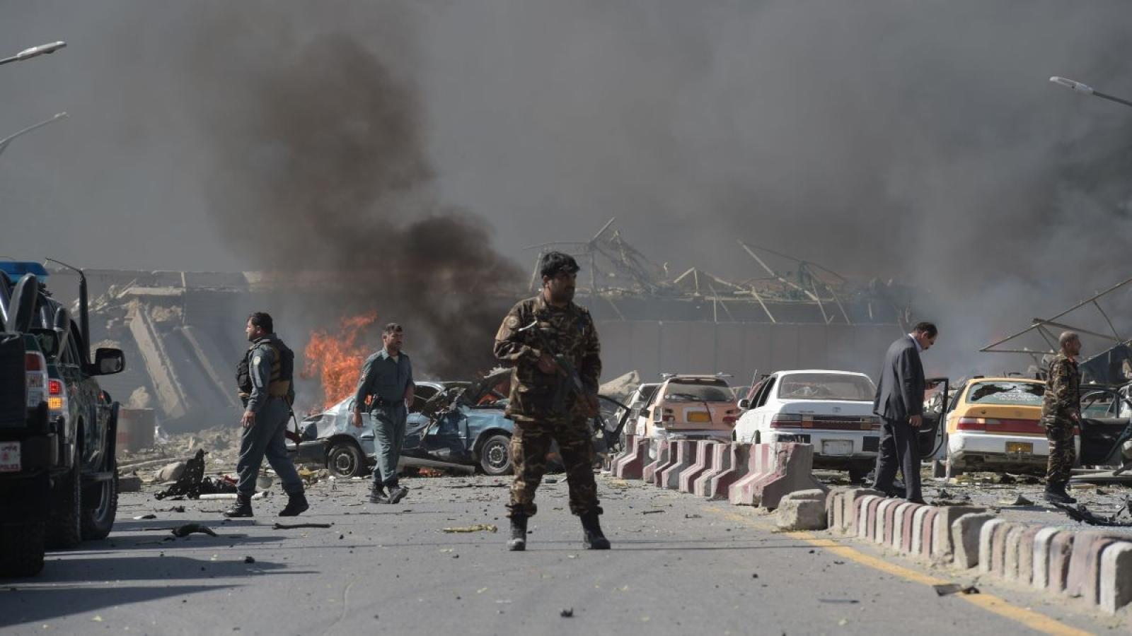 Đánh bom ở Afghanistan, 11 dân thường thiệt mạng