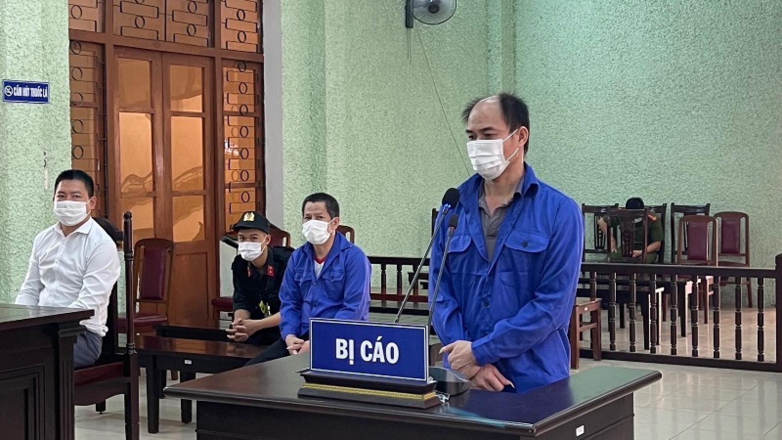 13 năm tù giam cho 4 đối tượng tổ chức cho người khác xuất nhập cảnh trái phép