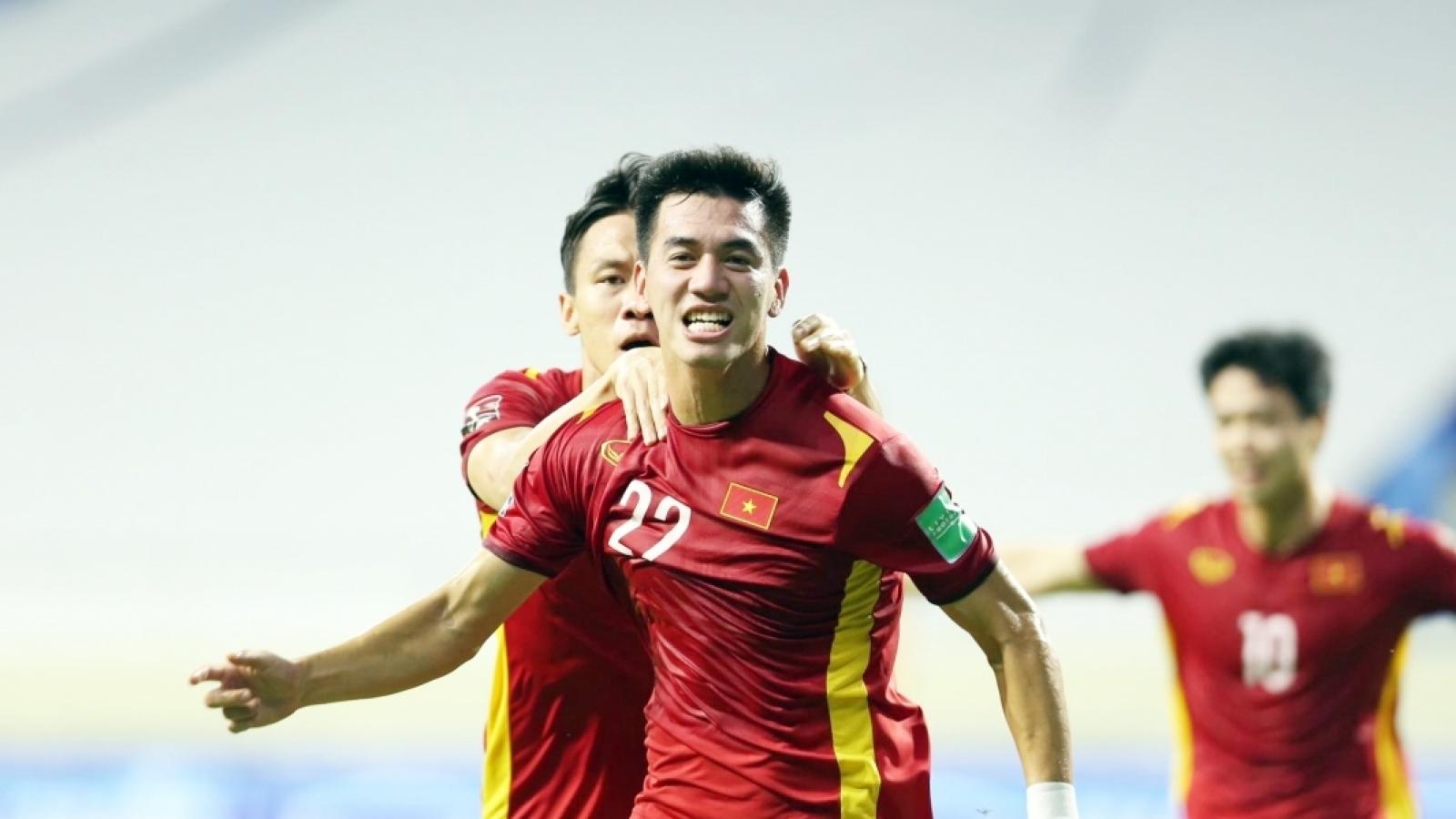 BXH vòng loại World Cup 2022 mới nhất: Việt Nam sắp mở tiệc, Thái Lan và Malaysia bị loại