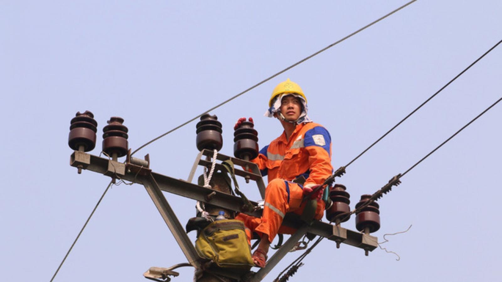Tiêu thụ điện tại miền Bắc tăng kỷ lục, Điện lực Miền Bắc tiết giảm điện tại công sở