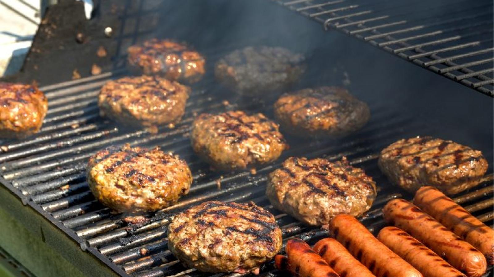 Những loại thực phẩm dễ gây bệnh vào mùa hè