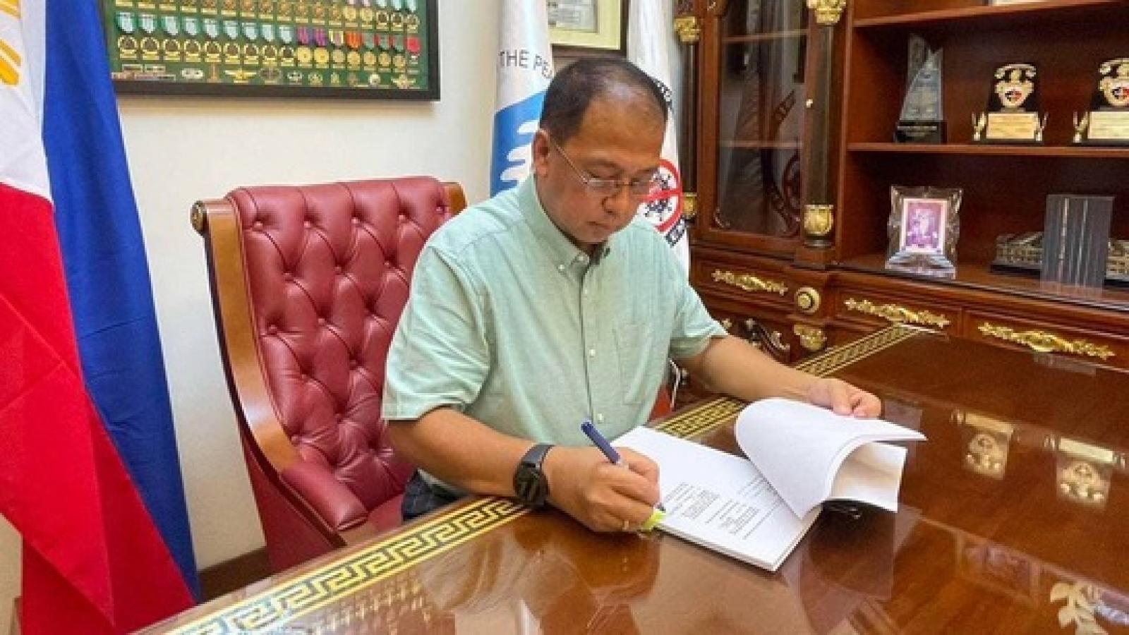 Philippines ký hợp đồng mua 40 triệu liều vaccine Pfizer