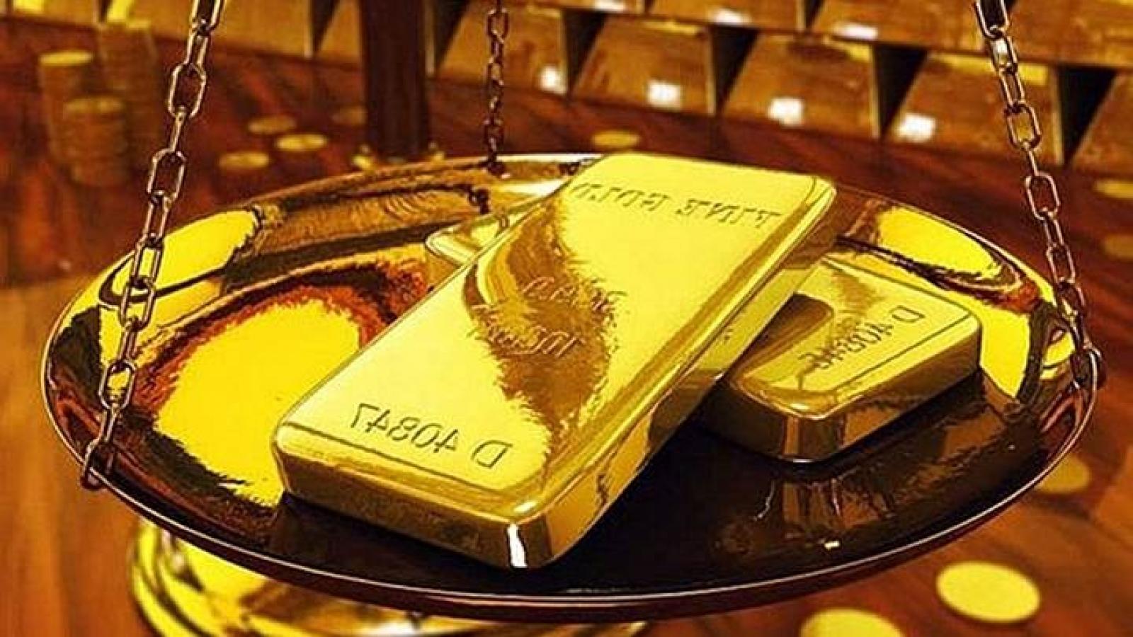 Vàng trong nước đứng giá còn vàng thế giới tăng giá mạnh
