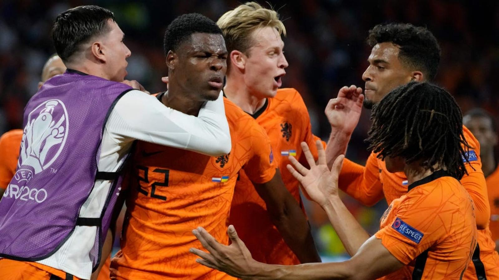 Góc BLV: Hà Lan sẽ hạ Áo trong cơn mưa bàn thắng và giành vé đi tiếp