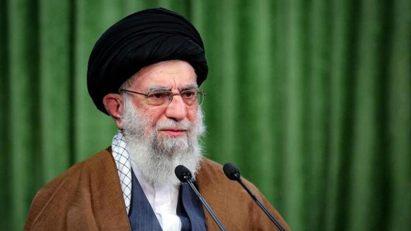 Đại giáo chủ Iran tiêm vaccine Covid-19 nội địa, tuyên bố không nhập vaccine của Anh, Mỹ