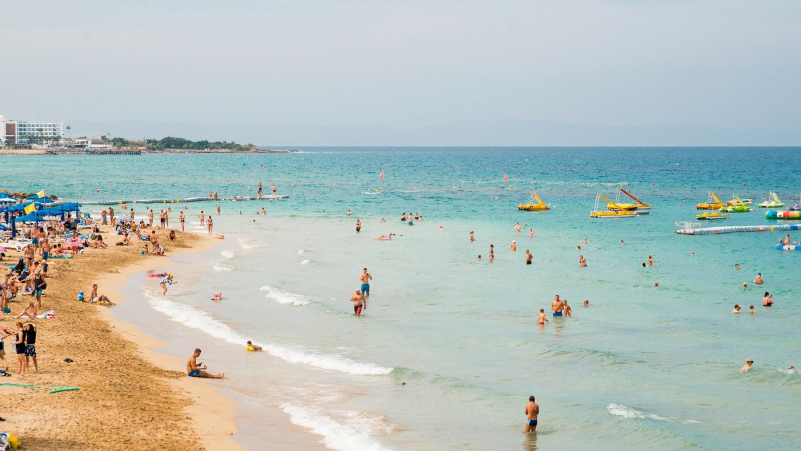 Bãi biển tại Síp sạch nhất châu Âu