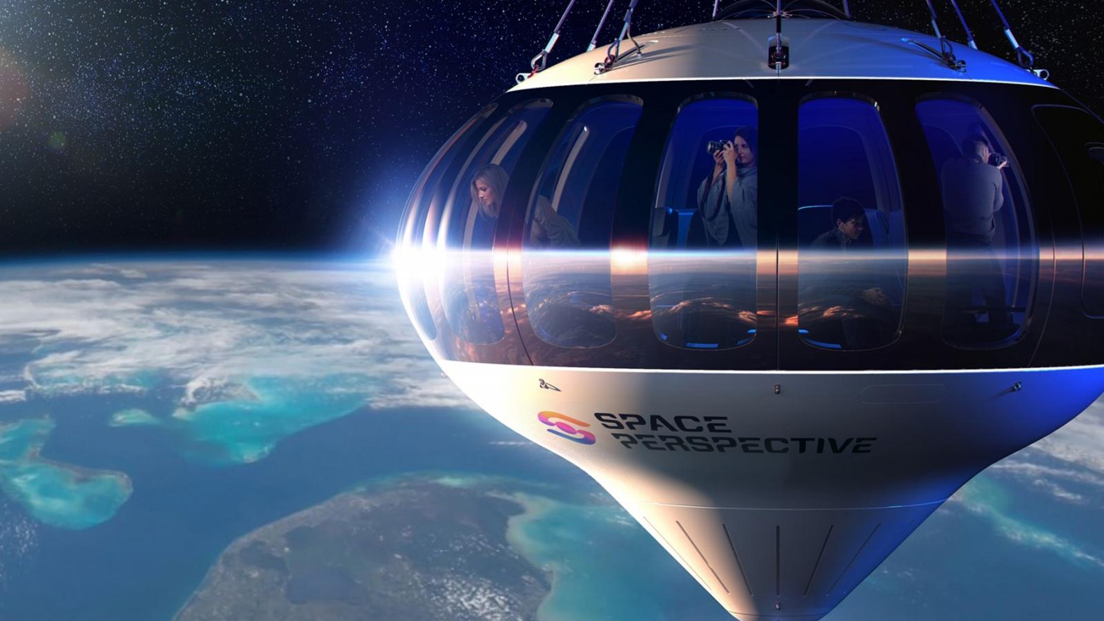 Mở bán tour du lịch đầu tiên ra ngoài không gian