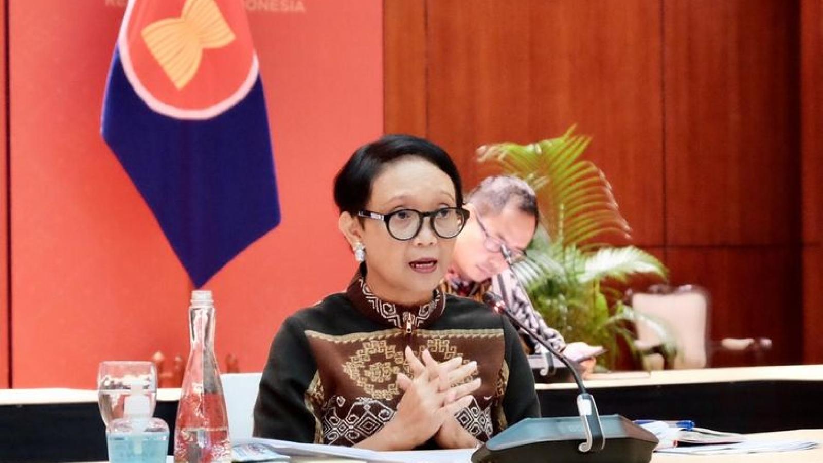 Ngoại trưởng Indonesia tham dự hội nghị Bộ trưởng Ngoại giao ASEAN-Trung Quốc