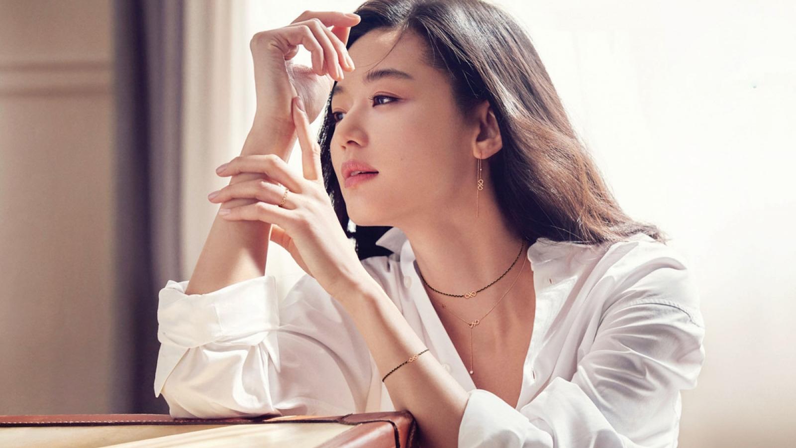 Jeon Ji Hyun phủ nhận tin đồn ly hôn chồng