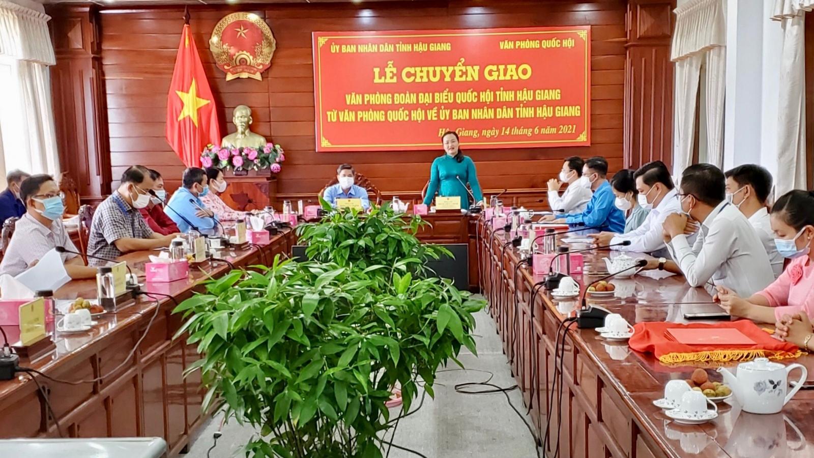 Hậu Giang: Chuyển giao Văn phòng Đoàn ĐBQH tỉnh về UBND tỉnh
