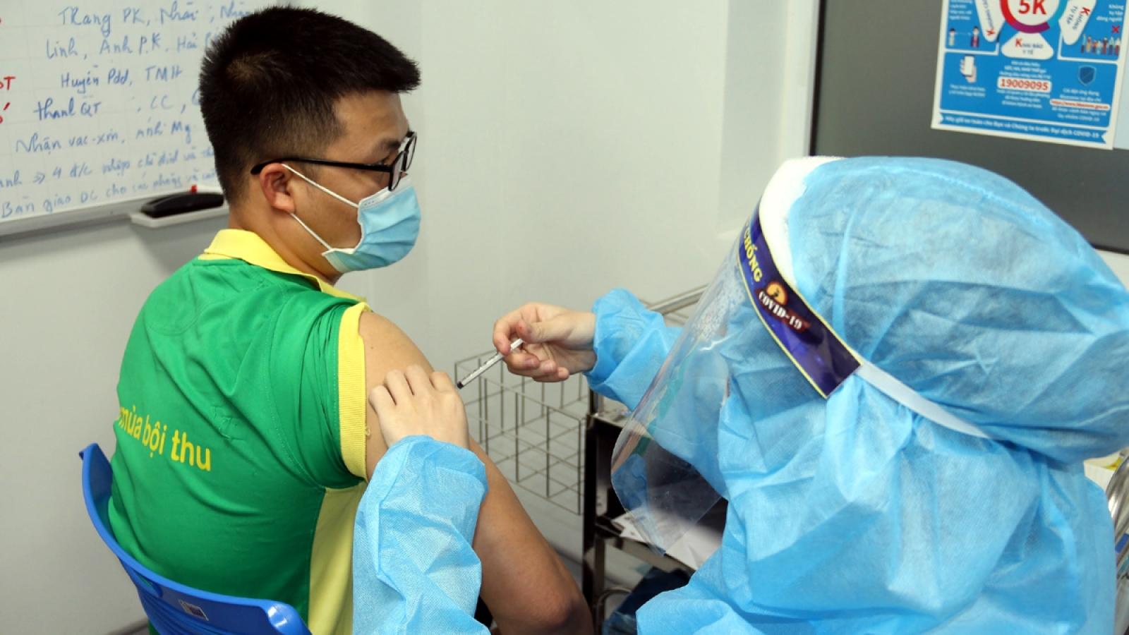 PVFCCo triển khai tiêm vaccine cho người lao động