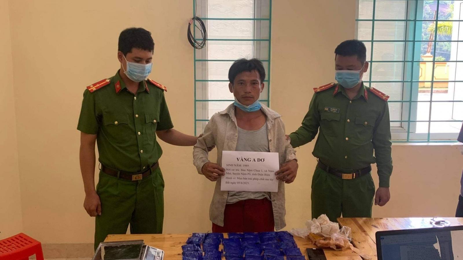 Bắt giữ đối tượng mua 6.000 viên ma túy từ Lào về bán kiếm lời