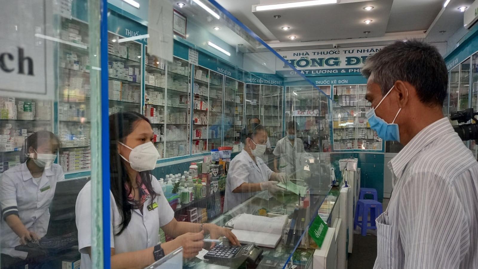 Bộ Y tế yêu cầu khám sàng lọc kỹ người có dấu hiệu ho, sốt, cảm cúm...