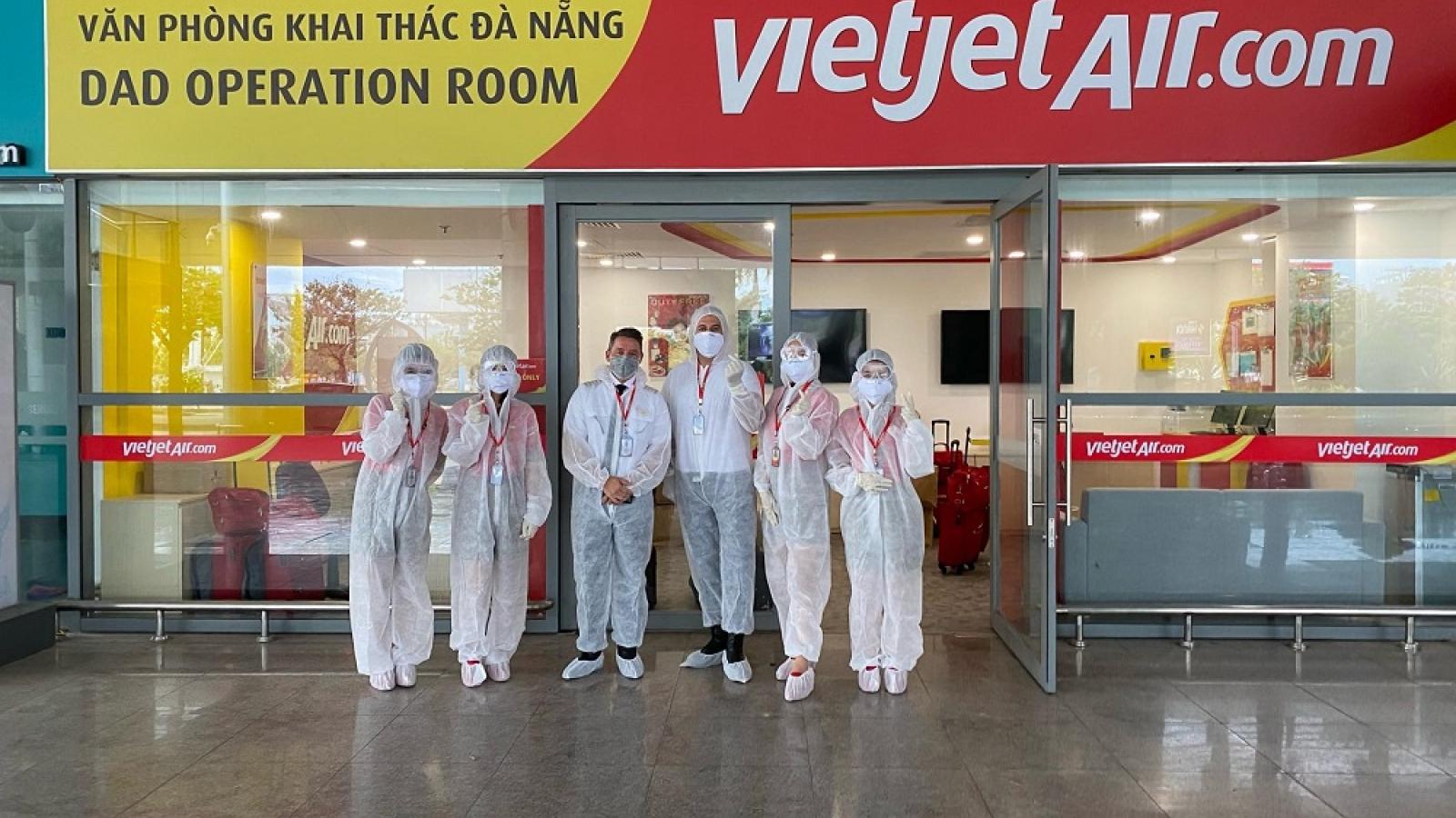 Phi công người nước ngoài tại Vietjet chung tay ủng hộ Quỹ Vắc-xin Covid-19
