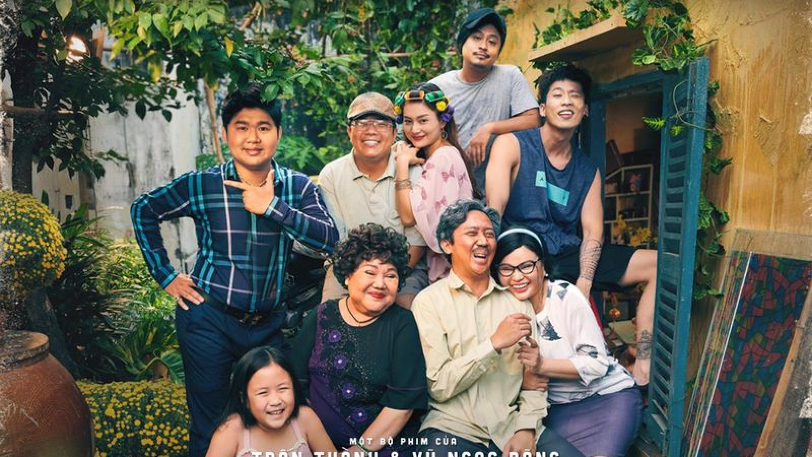 """""""Bố già"""" của Trấn Thành gần cán mốc doanh thu 1 triệu USD ở Mỹ"""