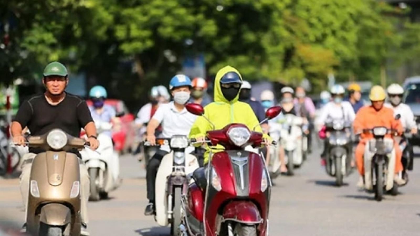 Thời tiết hôm nay 3/6: Hà Nội tiếp tục nắng nóng gay gắt trước khi có mưa dông