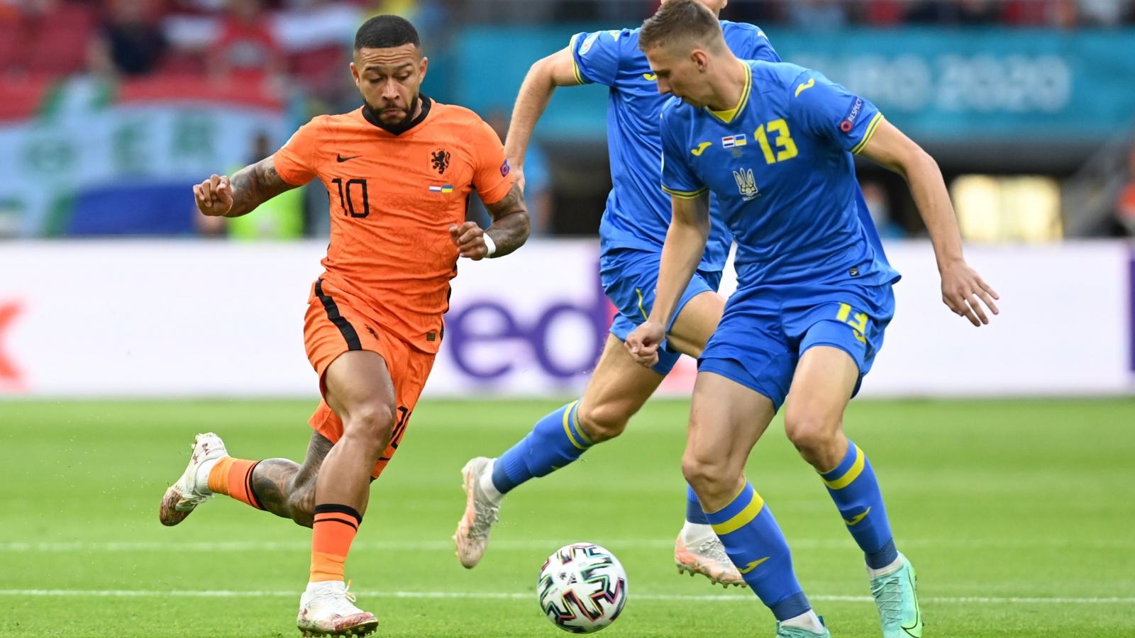 """Trực tiếp Hà Lan 0-0 Ukraine: Sự trở lại của """"Cơn lốc màu da cam"""""""