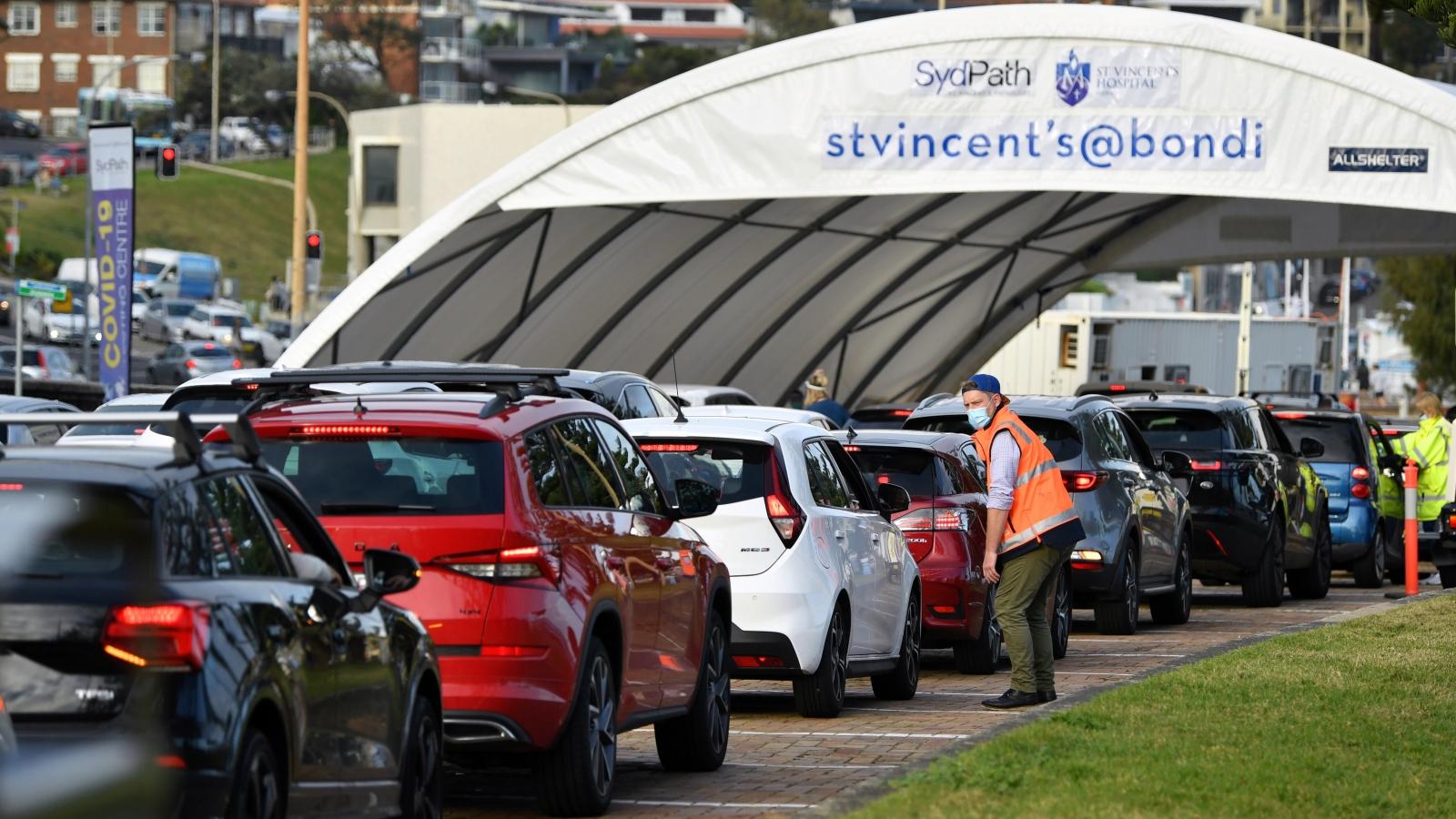 Nguy cơ bùng phát một đợt dịch Covid-19 mới tại Sydney (Australia)