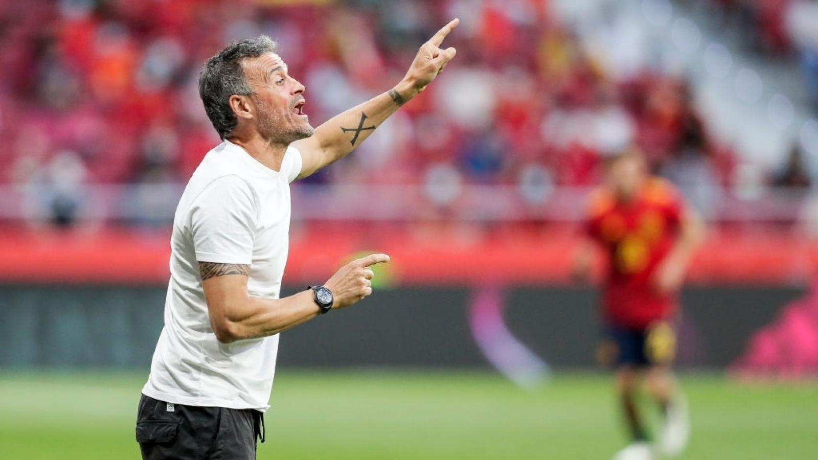 """Nhận định bảng E - EURO 2021: """"Bò tót"""" húc văng tất cả?"""