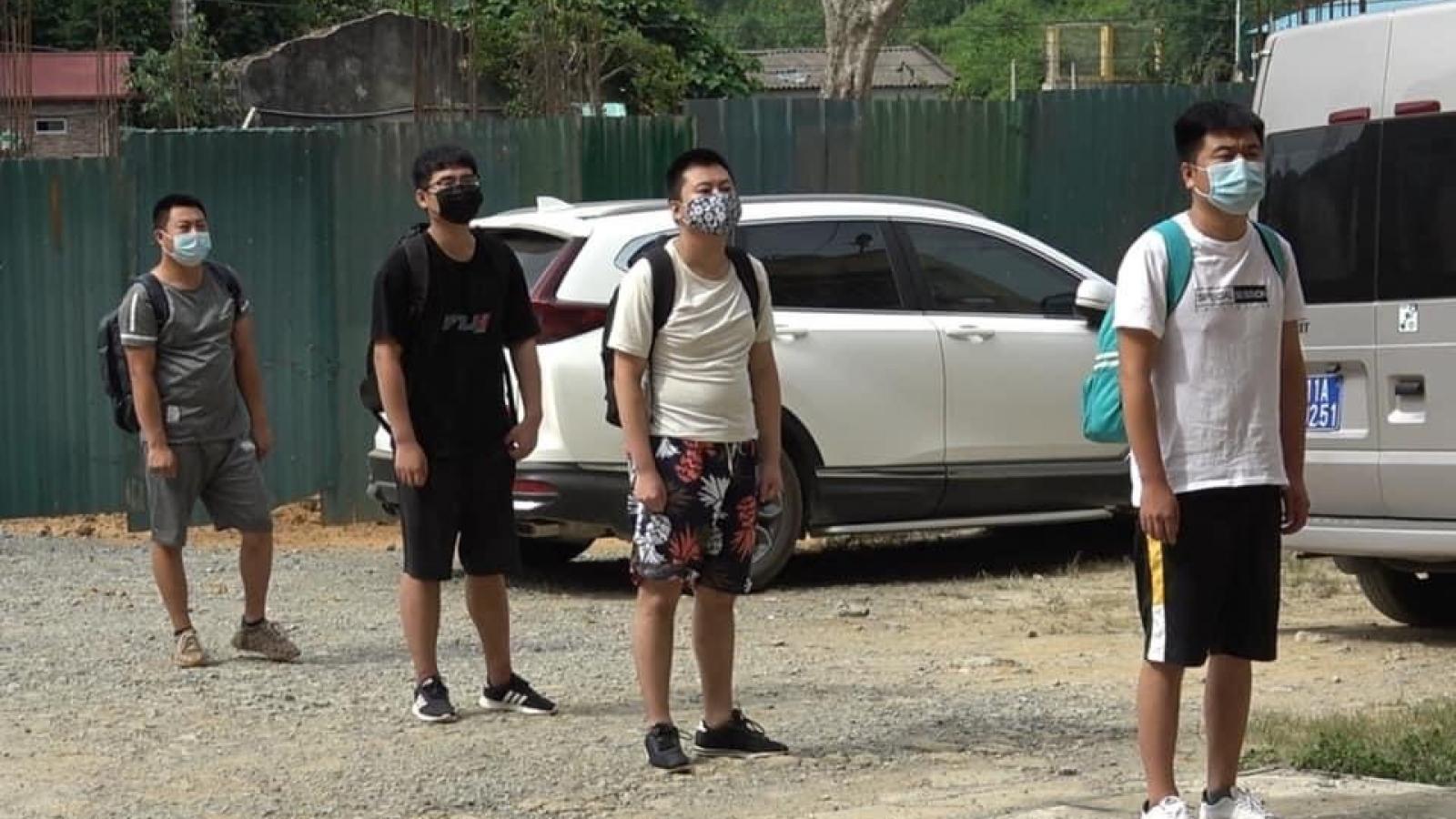Trao trả 4 người Trung Quốc nhập cảnh trái phép vào Việt Nam