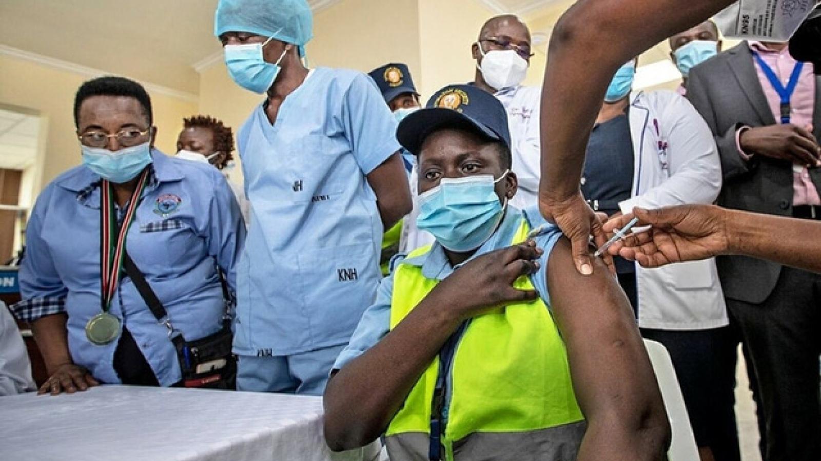 Quỹ Tiền tệ quốc tế và World Bank kêu gọi các nước thuộc nhóm G7 đóng góp vaccine dư thừa