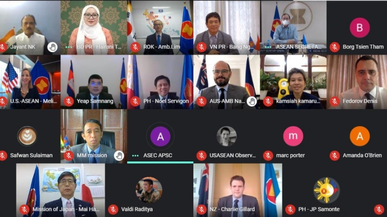Các nước EAS mong muốn ASEAN và Trung Quốc xây dựng một COC hiệu quả