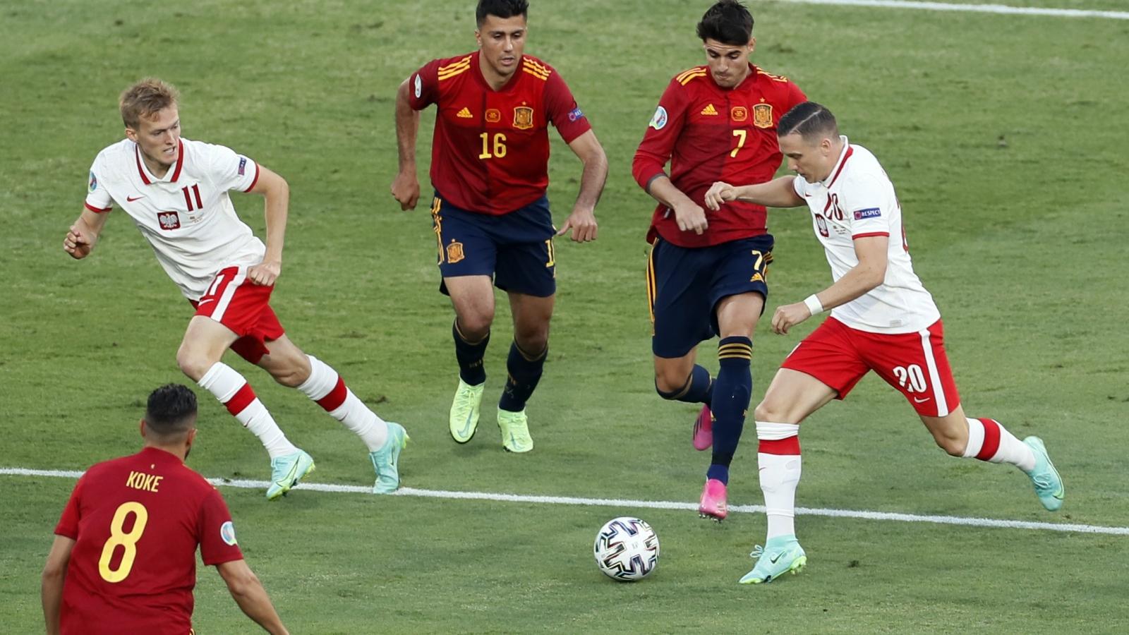 Trực tiếp Tây Ban Nha 0-0 Ba Lan: Thử thách cực đại