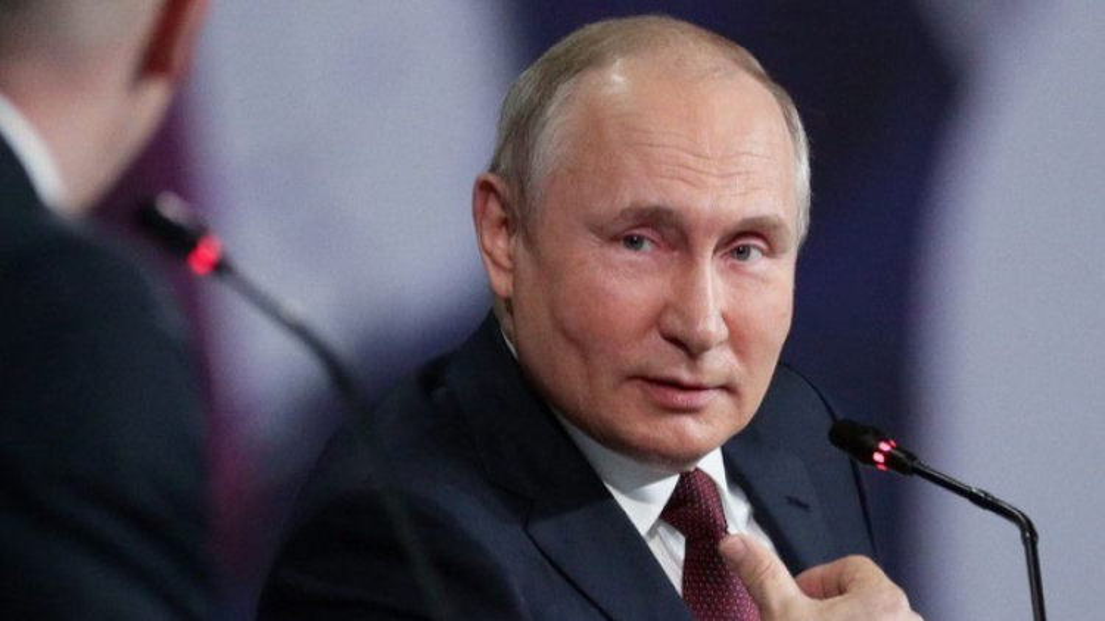 Tổng thống Putin sẽ ủng hộ người kế nhiệm trung thành với đất nước dù bị chỉ trích