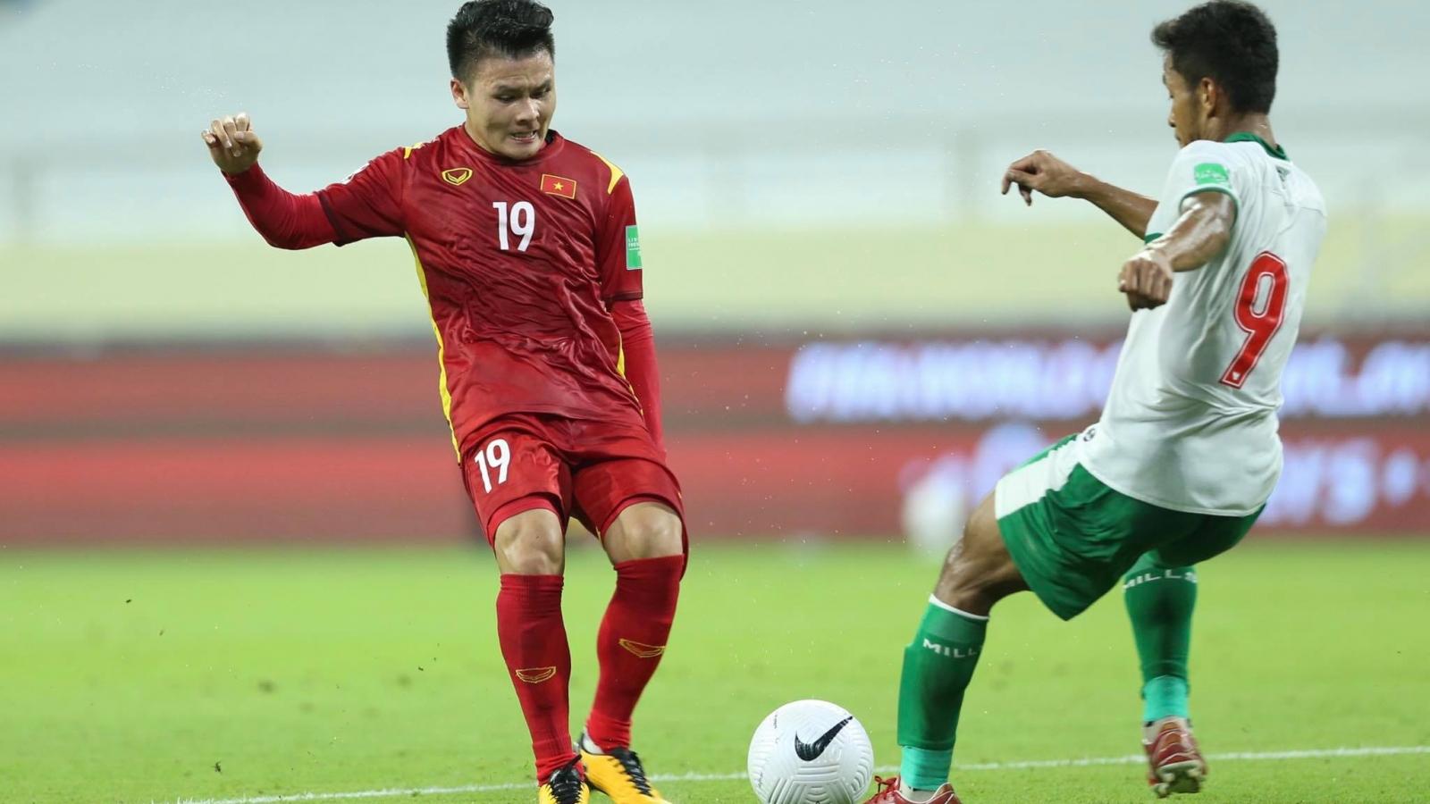 ĐT Việt Nam mất Quang Hải ở trận gặp Malaysia vì án treo giò