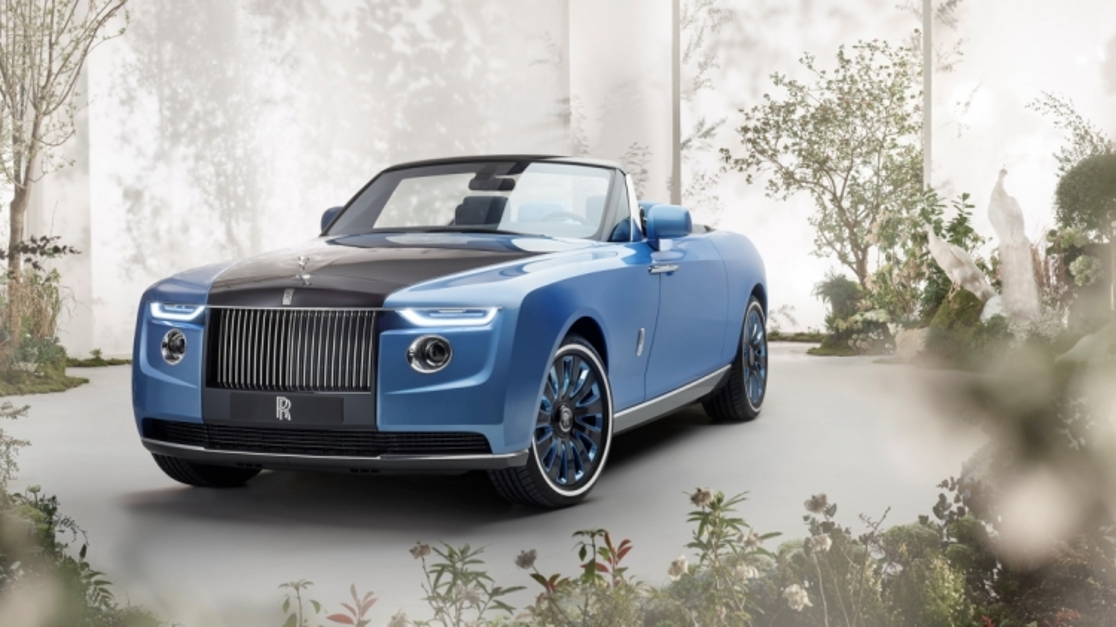 Beyonce, Jay-Z được đồn đoán là chủ nhân của mẫu Rolls-Royce Boat Tail giá 28 triệu USD