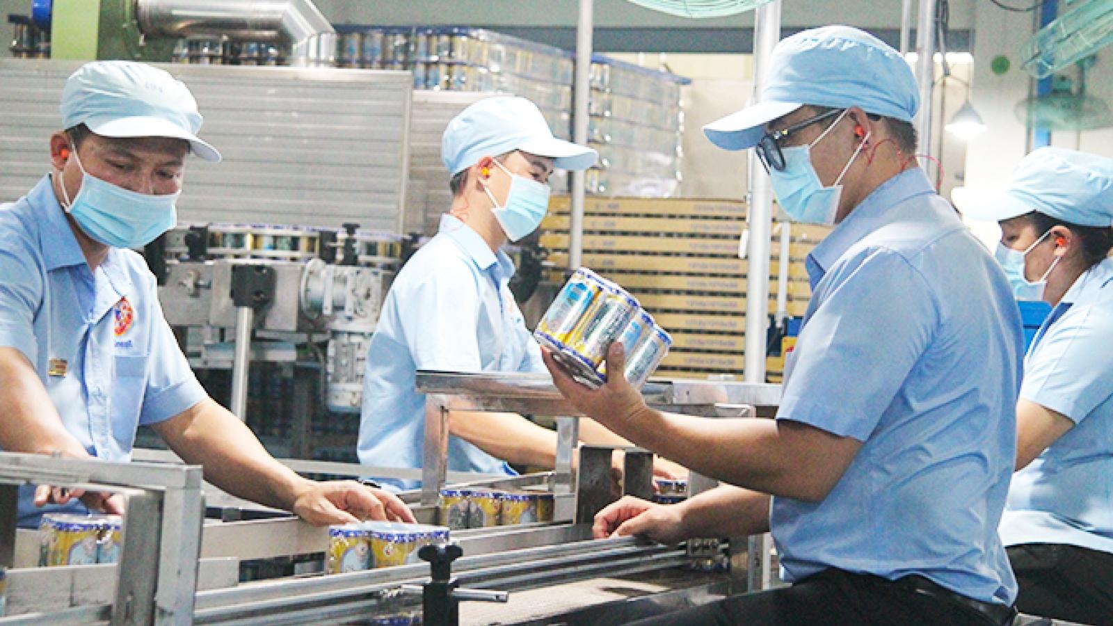 Thực hiện biện pháp phòng dịch COVID-19 vẫn phải đảm bảo ổn định sản xuất