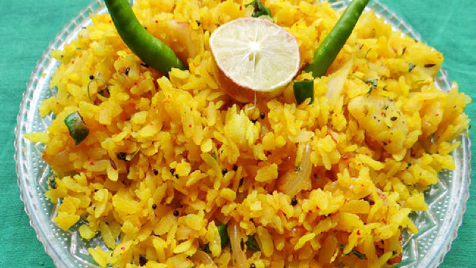 Aloo Poha- Bữa sáng ngon, nhanh và gọn được trẻ em Ấn Độ yêu thích