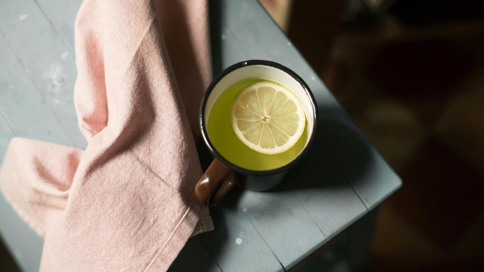 10 lợi ích sức khỏe tuyệt vời khi kết hợp trà xanh với chanh
