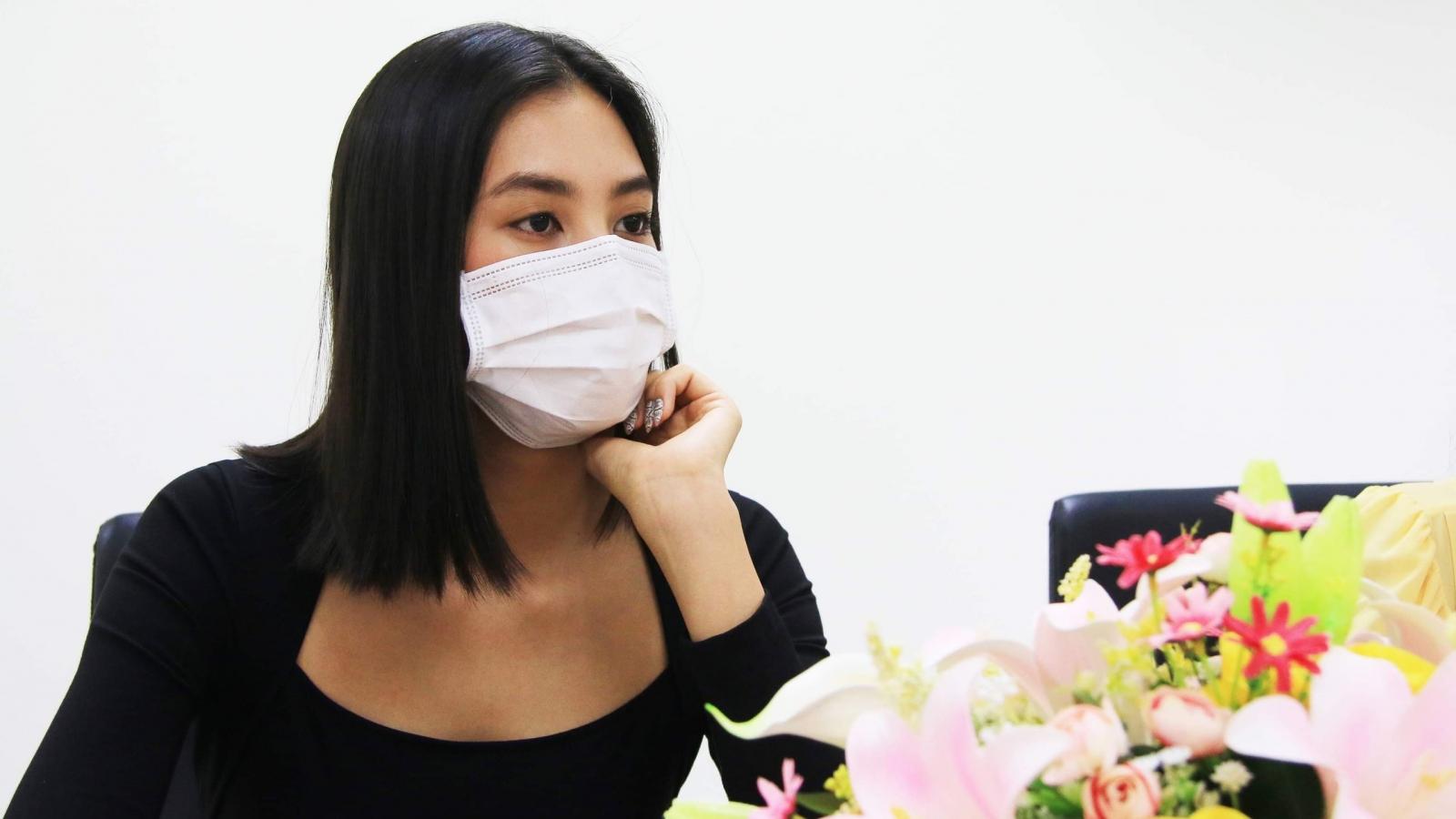 """Dàn Hoa hậu tặng 100 triệu cho dự án """"Triệu liều vaccine cho công nhân nghèo"""""""