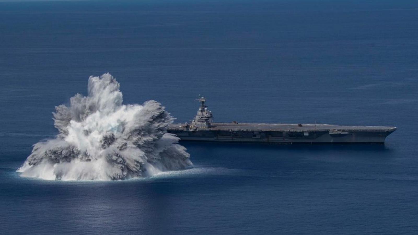 Hải quân Mỹ kích nổ trên biển, thử nghiệm khả năng chống sốc của tàu sân bay mới