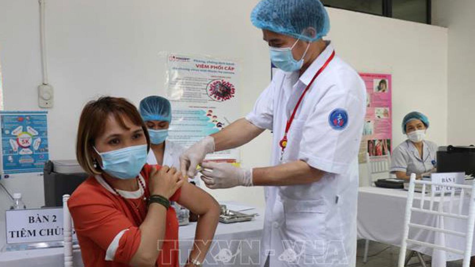 Ưu tiên tiêm vaccine Covid-19 bảo vệ người lao động trong hệ thống bán lẻ là cần thiết