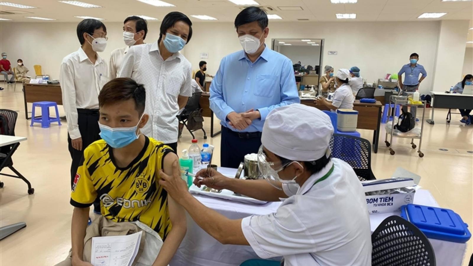 Tiêm 2 mũi vaccine Covid-19 của 2 hãng có đảm bảo hiệu quả?