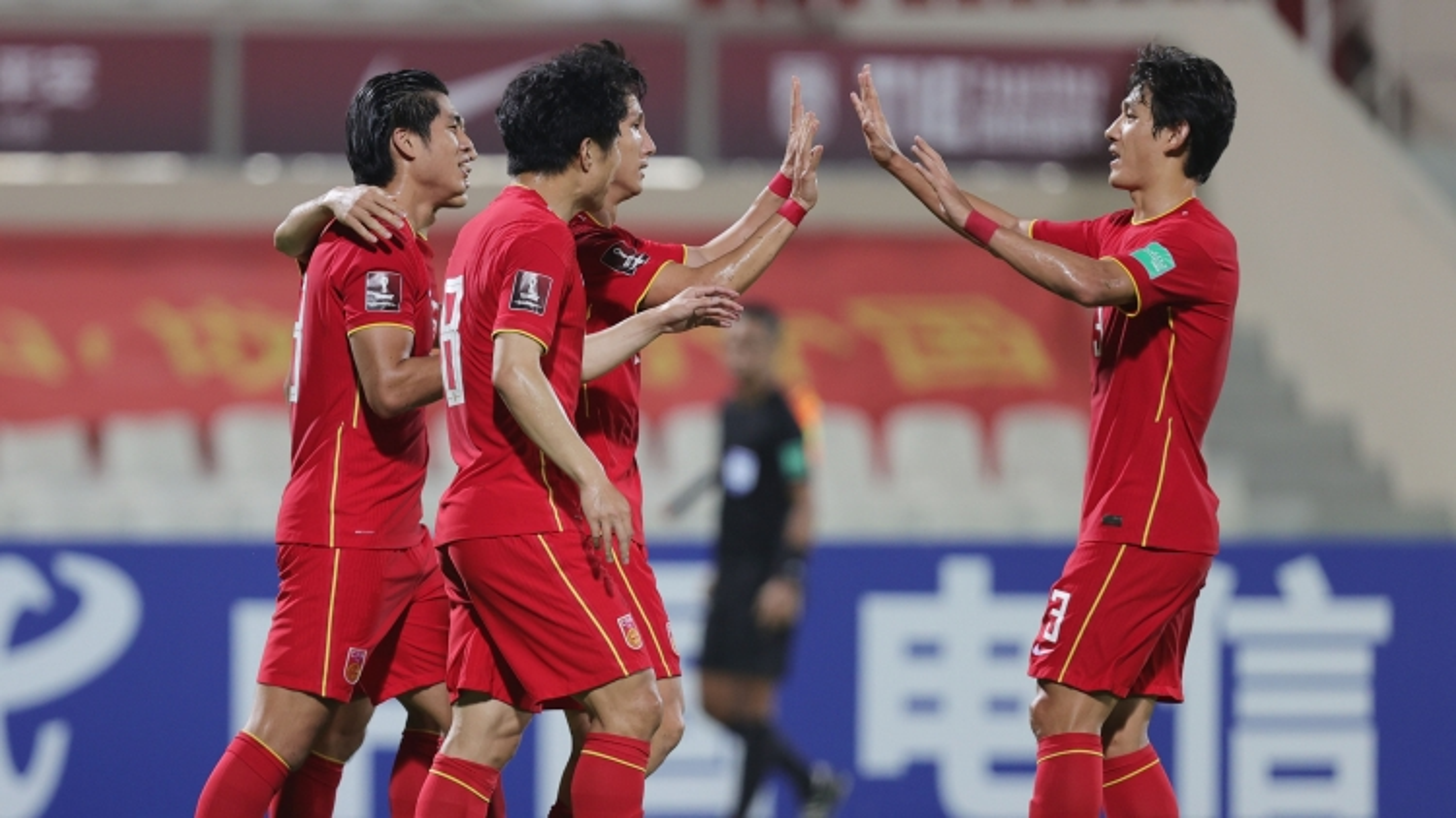 Vòng loại World Cup 2022: Bóng đá Trung Quốc gặp khó khăn tương tự như Việt Nam