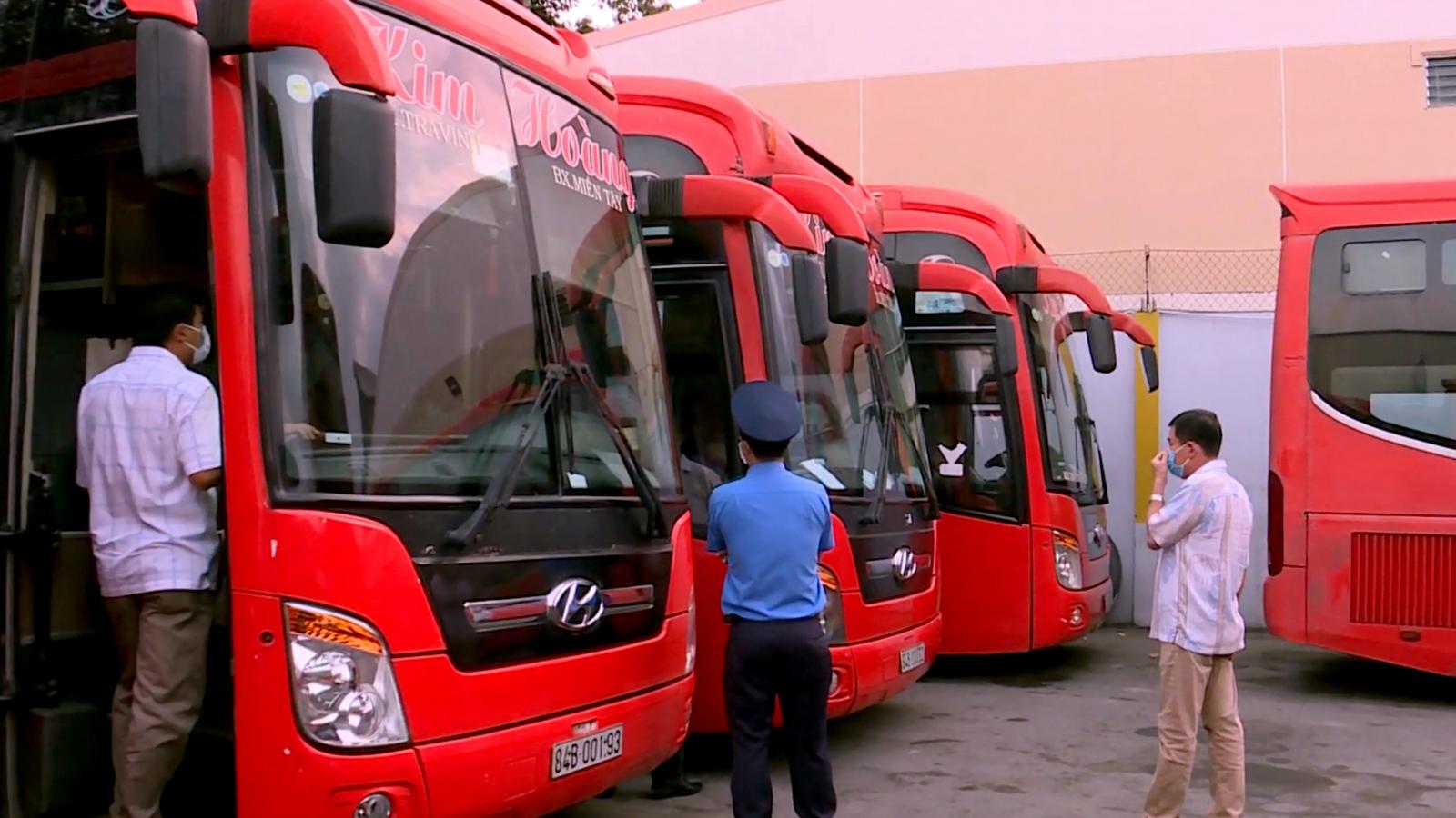 Trà Vinh tạm dừng vận tải hành khách đến TP.HCM và tỉnh, thành có dịch bệnh