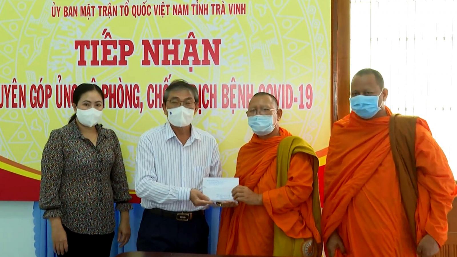 Nhiều tổ chức, cá nhân ở Trà Vinh chung tay ủng hộ phòng chống dịch Covid-19